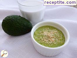 Pudding avocado and coconut milk