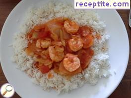 Shrimps in tomato sauce