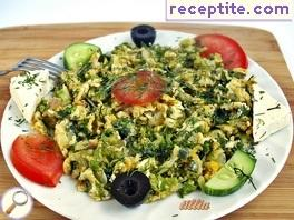 Scrambled eggs with green onion and dill