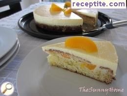 Cake with peaches and yogurt