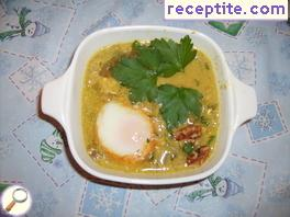 Persian onion soup with eggs and walnuts