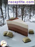 Layered cake * Three chocolate *