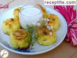Potato balls with garlic sauce