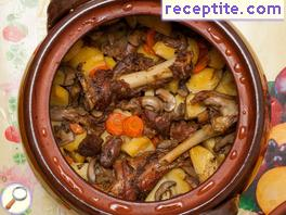 Lamb with potatoes and carrots