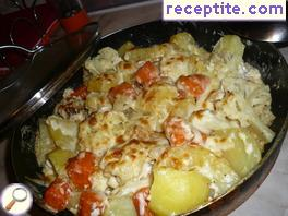 Roasted vegetables with cream