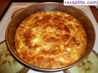 Banitsa with feta cheese and a glass of lemonade