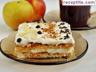 Summer apple layered cake with cookies