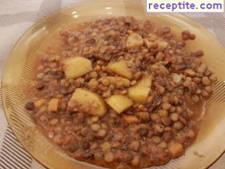 Lentils with potatoes