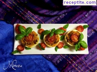 Stuffed zucchini and tomatoes with minced meat