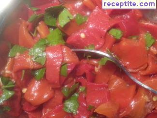 Roasted peppers with vinegar and sunflower oil