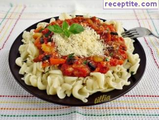 Pasta with sauce of zucchini, eggplant and tomatoes